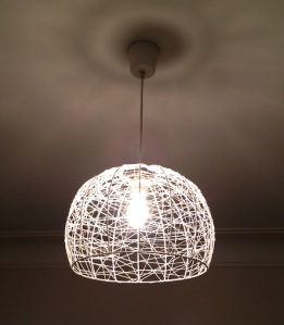 White Ribbon Pendant Lamp