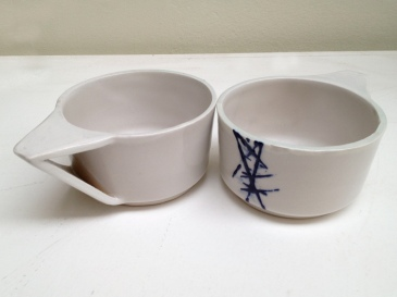 Stoneware ceramic tea cups ©Clayandmore
