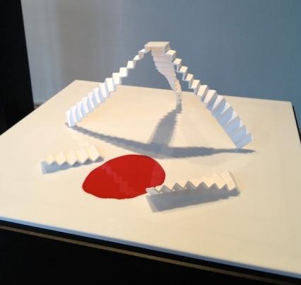 getrapt - fragiel2 white porcelain staircases